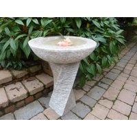 Edinburgh Grooved Bird Bath - Pink Speckled Granite