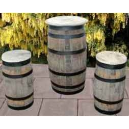 Rustic Barrel Table With 2 Stools