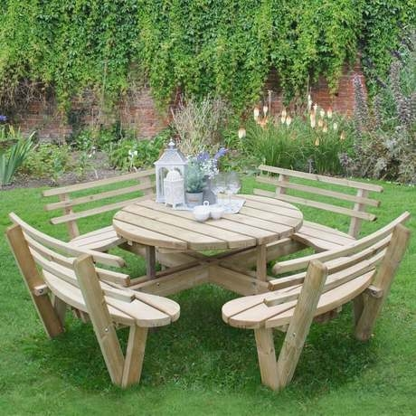 Circular Timber Picnic Table With Seat Backs