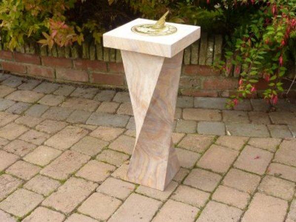 Brass Humingbird Sundial U0026 Plinth