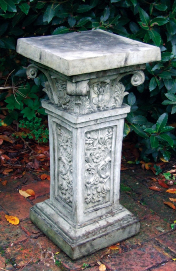 Rococo Pedestal   Cotswold Stone Plinth