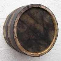 Rustic Barrel End with Black Hoops