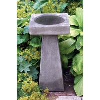 Simple Bird Bath - Cotswold Stone